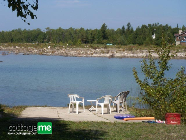 Lake Huron Private Sandy Cove Waterfront Cottage
