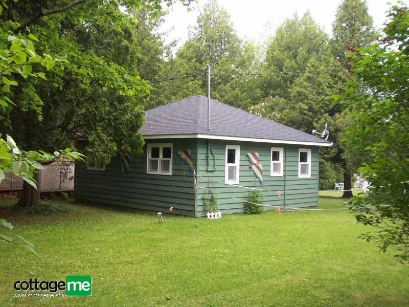 Lake Huron Private Sandy Cove Waterfront Cottage picture4
